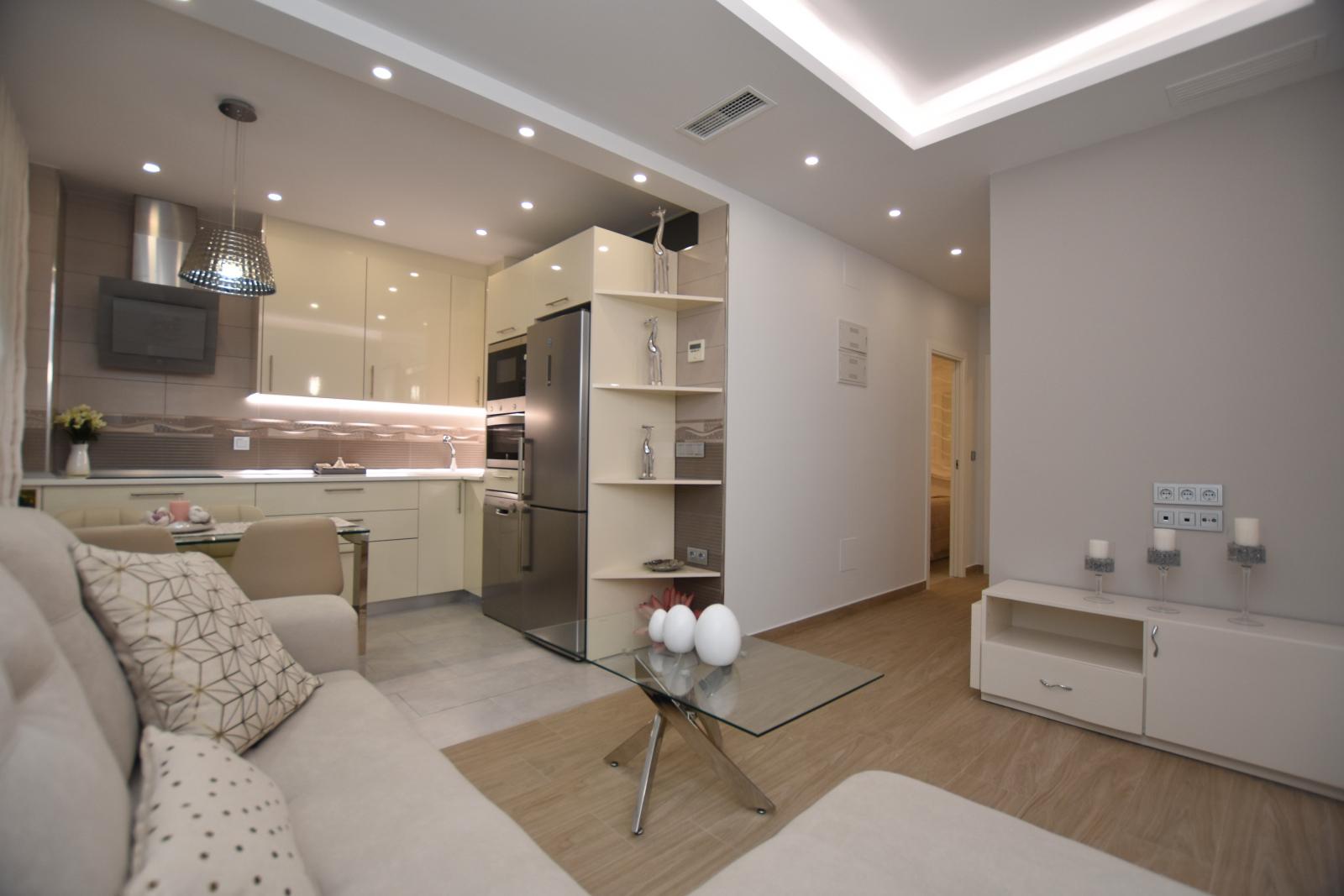 Prachtig modern gerenoveerd appartement te koop in centrum torrevieja