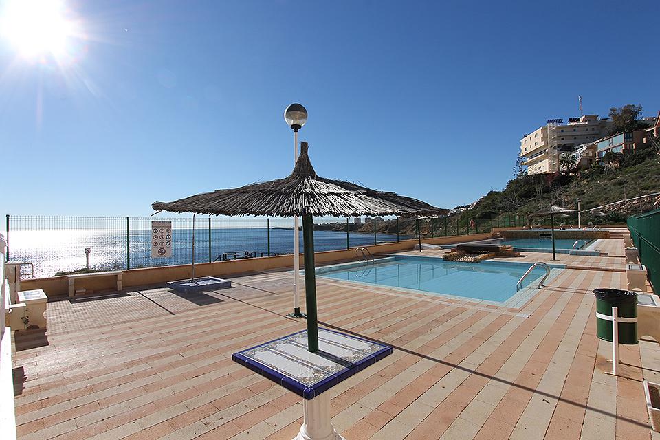Prachtig gerenoveerd appartement te koop op een idyllisch plekje in Torrevieja.