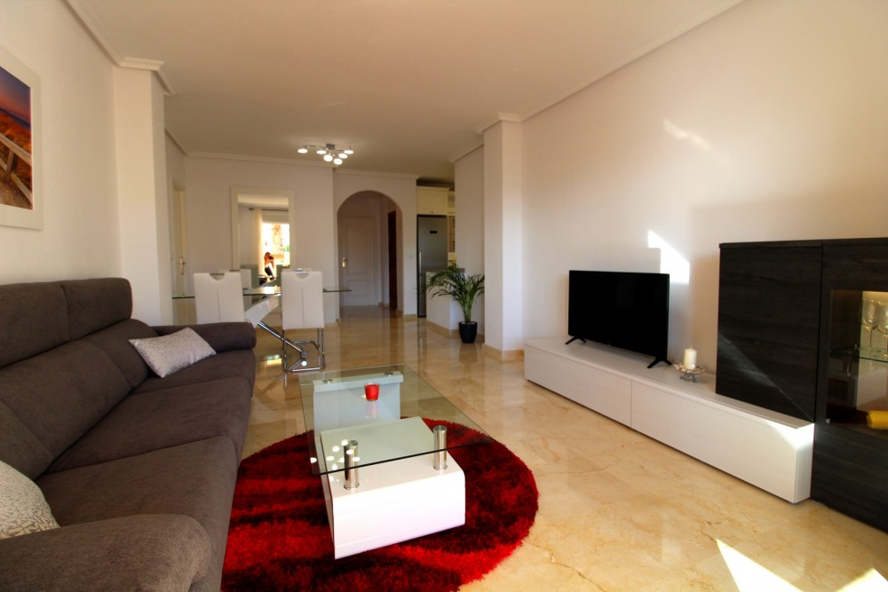 Stunning modernly renovated apartment for sale in Playa Flamenca, Orihuela Costa