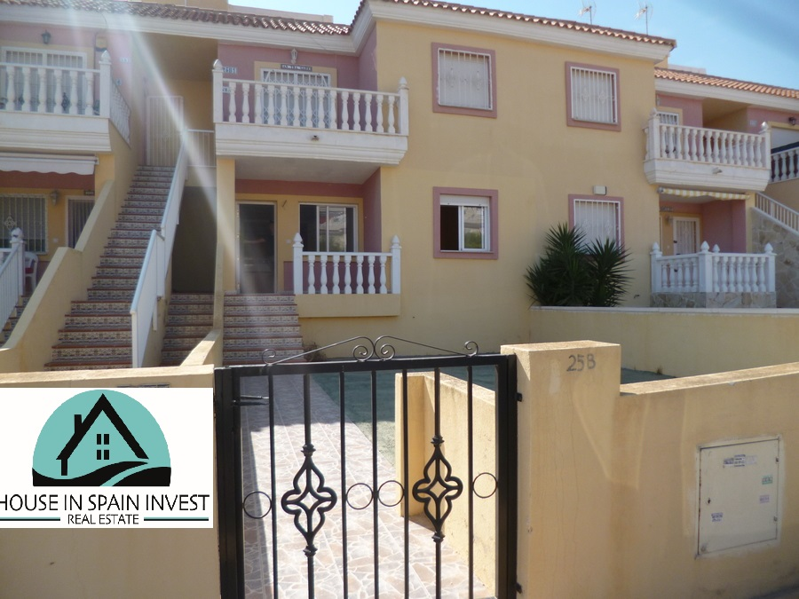 Ground floor apartment for sale in a quiet area of Villamartin, Orihuela Costa.