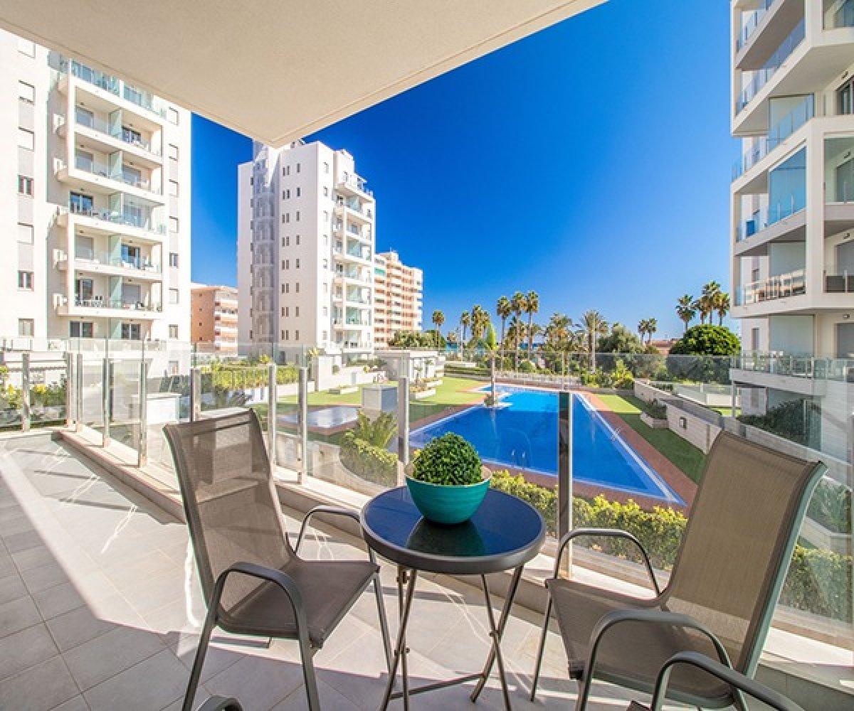 Prachtig modern appartement in een vrij nieuw gebouw te koop in La Mata, Torrevieja.