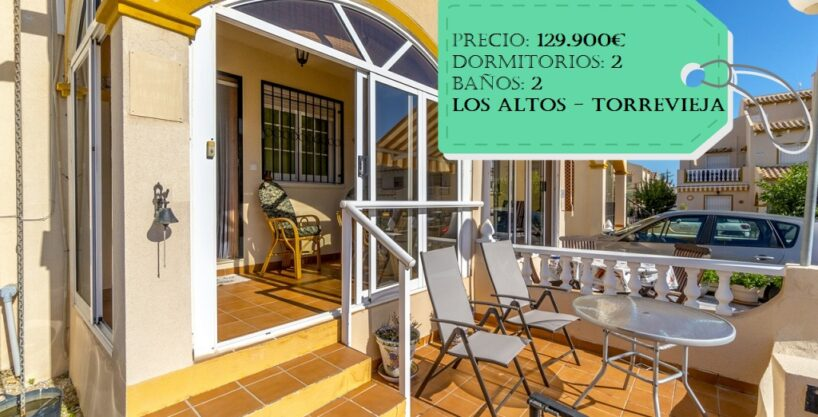 Sunny townhouse with off road parking for sale in Los Altos